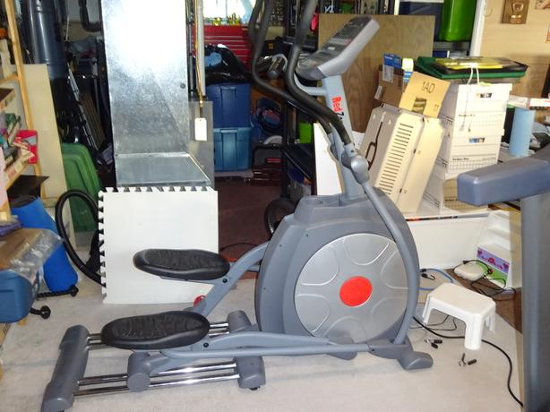 Red Zone Fitness E56i Elliptical Trainer