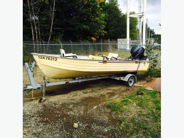 16ft aluminum / 40 four stroke with trailer