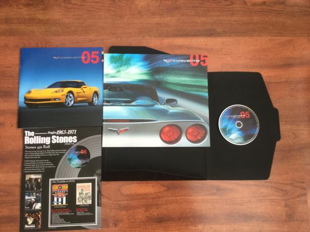 CORVETTE DEALER BROCHURE 2005 & Collector DVD