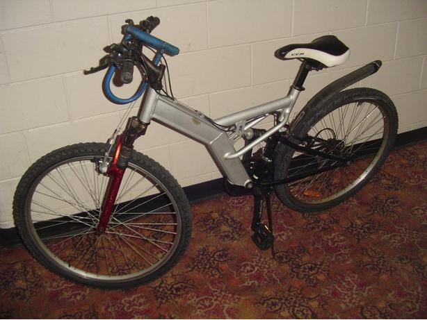 Shimano 26 inch wheel bike