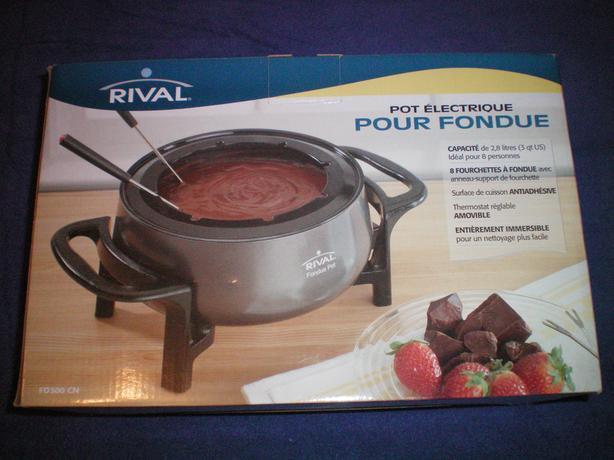 Rival 3 Quart Electric Fondue Pot Set Queens County Pei