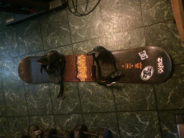 Snow board and bindings