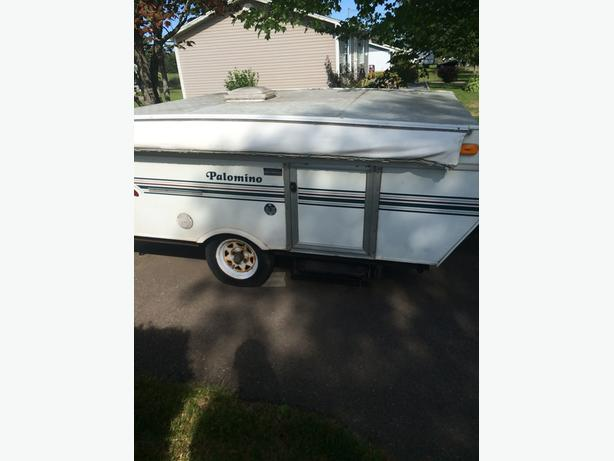 1999 palomino pop up camper