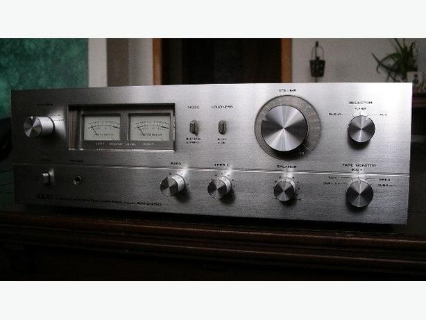 AKAI AM-2450