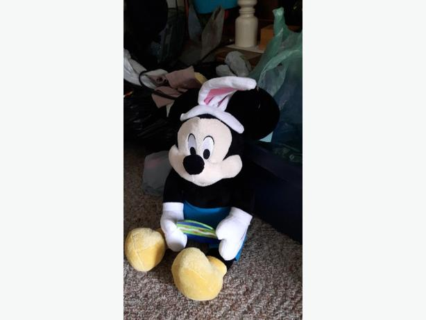 FREE: mickeymouse collectables