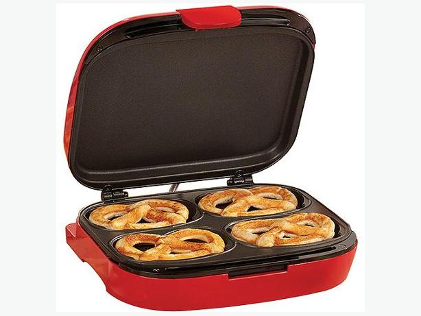 BELLA PRETZEL MAKER - NEW