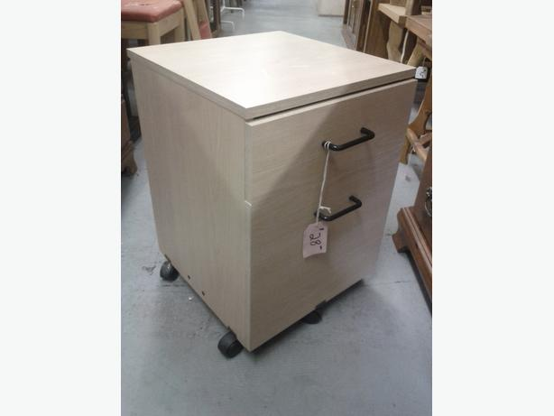 Small 2 Drawer on Casters