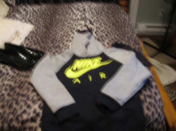 Nike sweat shirt hoodie