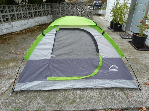 ESCORT - 2 person Junior Dome Tent & ESCORT - 2 person Junior Dome Tent Saanich Victoria