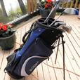 YOUTH OR LADIES RT HAND GRAPHITE STAINLESS GOLF SET INC BAG