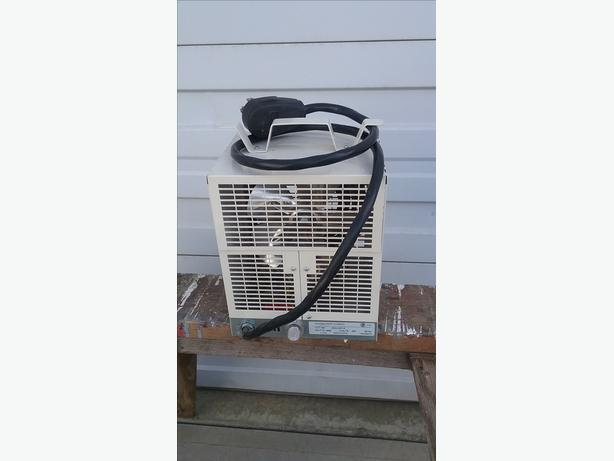 Dimples Shop Heater 220w
