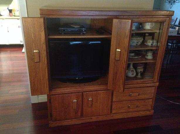 Free: Oak Entertainment Unit