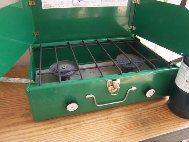 Coleman propane stove like new