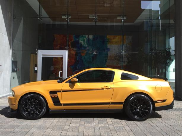 2012 Ford Mustang BOSS 302 5.0L V8 - ON SALE! - 51,*** KM!