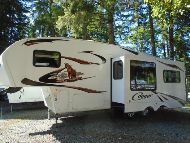 2011 Cougar 276RLS STK# P15N935A