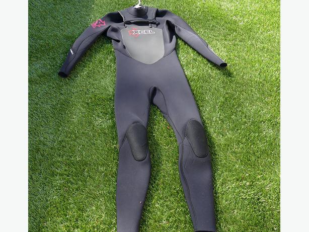 Xcel 4:3 full wetsuit size M