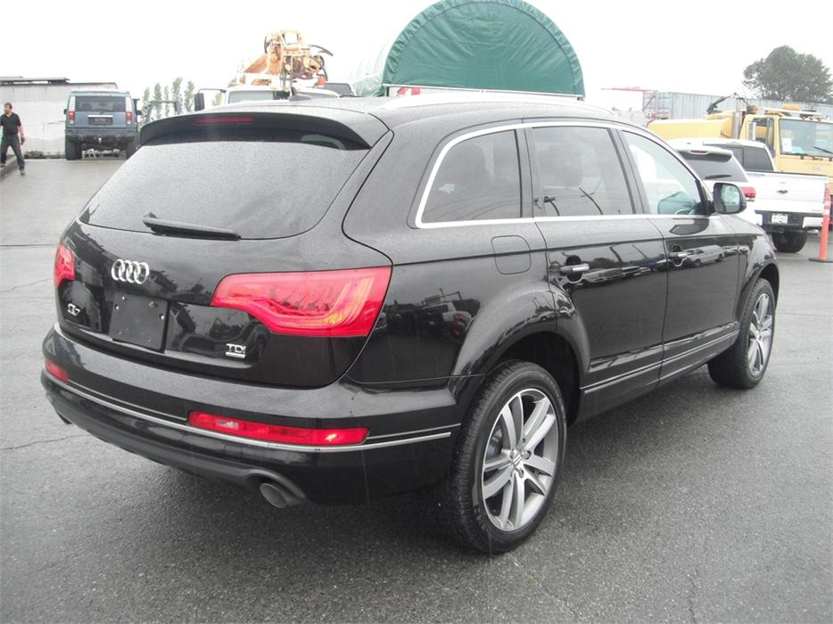 2010 audi q7 tdi quattro premium diesel with 3rd row seating outside comox valley courtenay. Black Bedroom Furniture Sets. Home Design Ideas