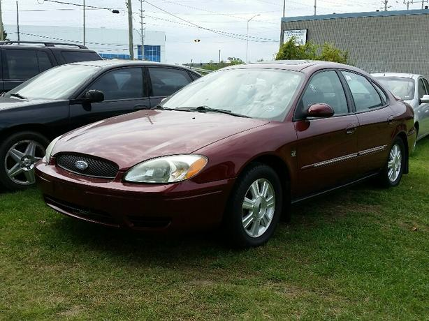 2004 Ford Taurus SEL V6 Sunroof