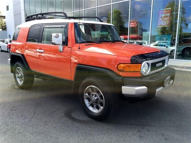 2013 Toyota FJ Cruiser NO ACCIDENTS LOCAL ISLAND ONE OWNER
