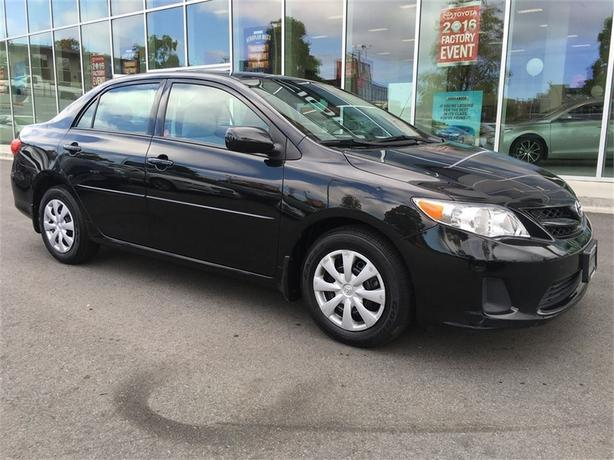 2013 Toyota Corolla CE VERY CLEAN LOCAL VICTORIA