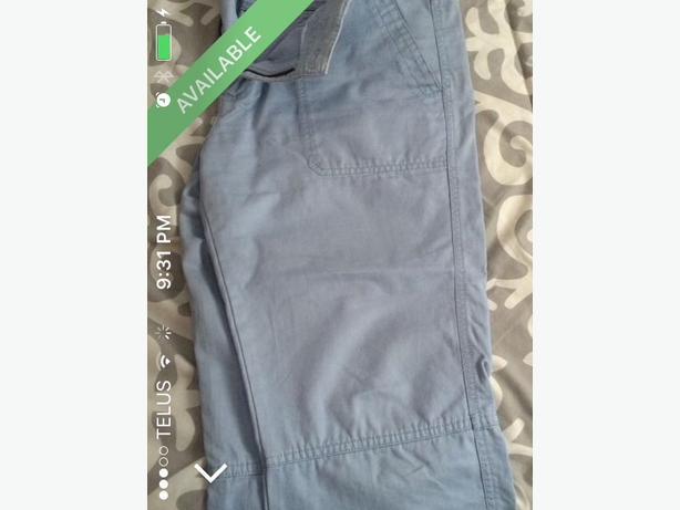 blue capri pants