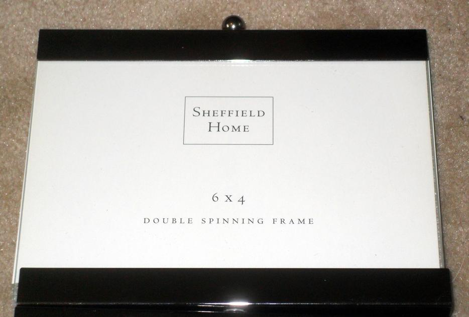 Pair Of Like New Sheffield Home Brand Double Spinning 4x6 Photo