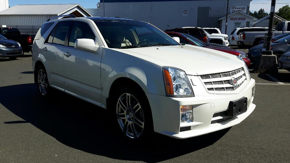 used 2008 cadillac srx sport package awd 7 seater for sale in parksville outside comox valley. Black Bedroom Furniture Sets. Home Design Ideas