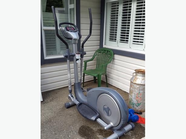 BLADEZ Fitness Machine