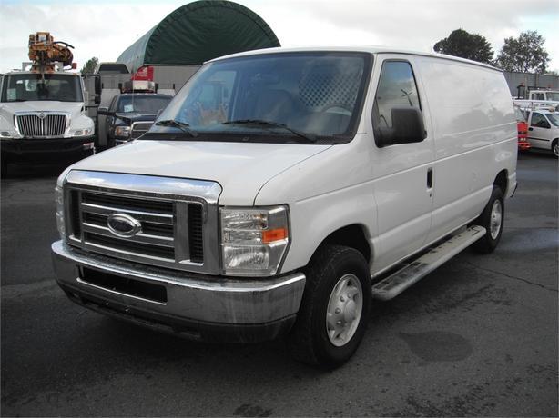 2008 Ford Econoline E-250 Super Duty Cargo Van