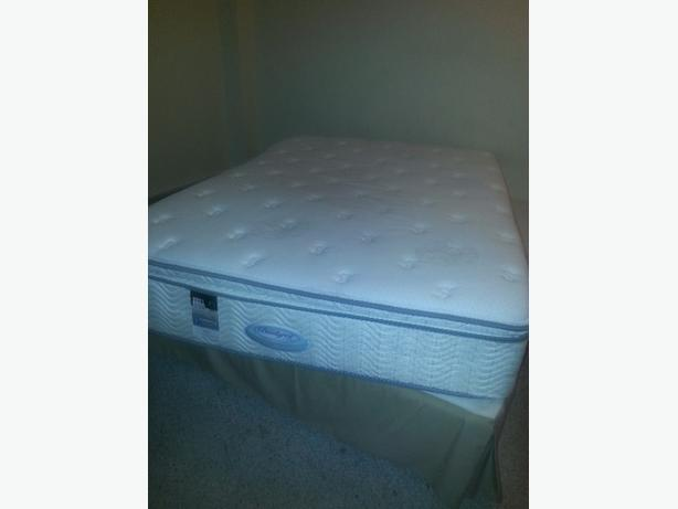 Queen mattress with box spring and frame