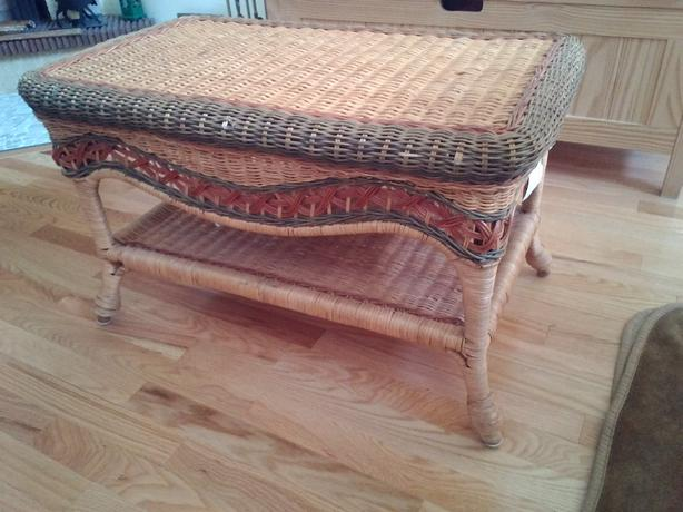 Small Wicker table