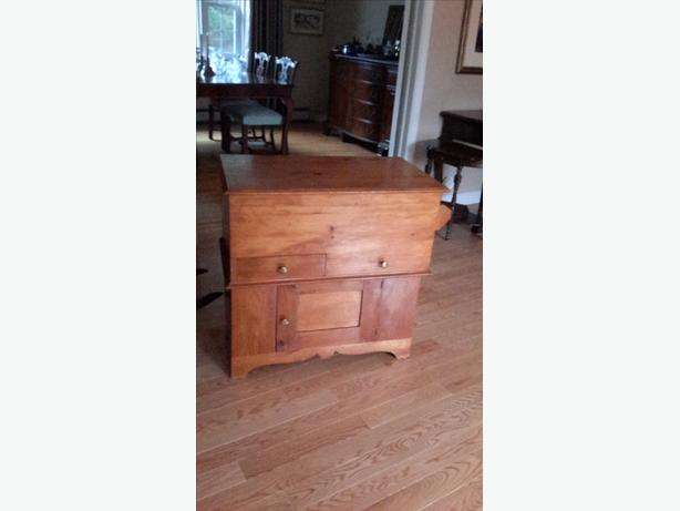 ANTIQUE PINE WASH STAND/DRY SINK