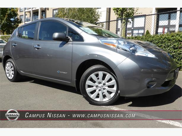 2015 Nissan Leaf S W/ QUICK CHARGE