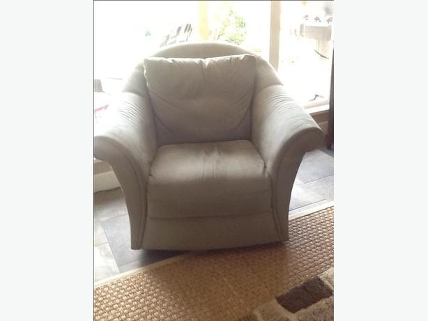 sofa, loveseat, occasional chair