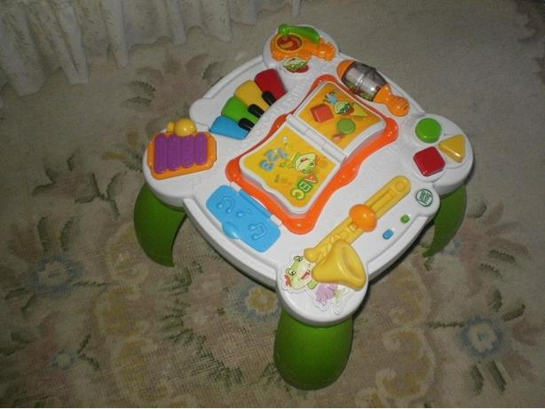 IDEAL GIFT BILINGUAL 4 in1 LEAP FROG LEARNING TABLE ENGLISH/FRENCH