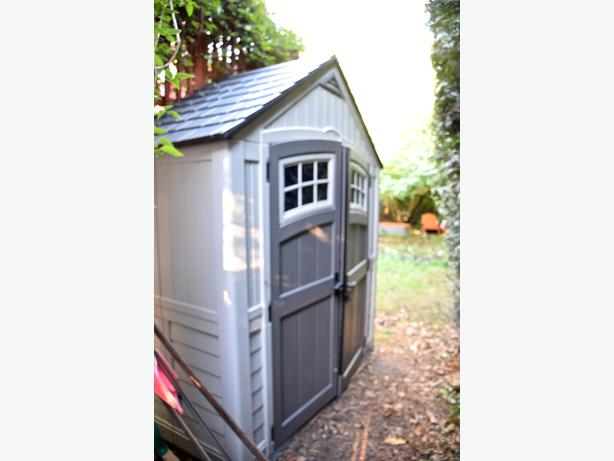 Storage shed saanich victoria for Garden shed victoria