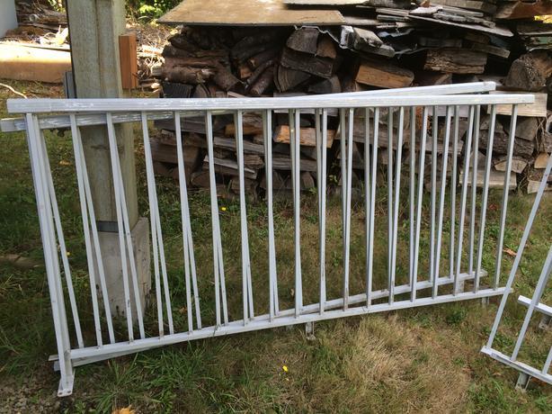 Used Aluminum Railing