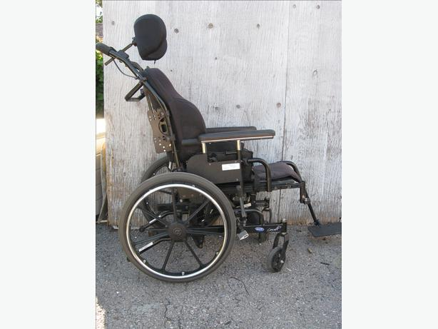Concept 45 tilt Wheelchair I Can Deliver in Ottawa for $15 more