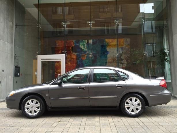 2003 Ford Taurus SEL - ON SALE! - FULLY LOADED! - LOCAL VICTORIA!