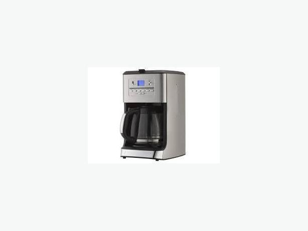 Black and Decker CM3005S 12-Cup used Tea and Coffeemaker