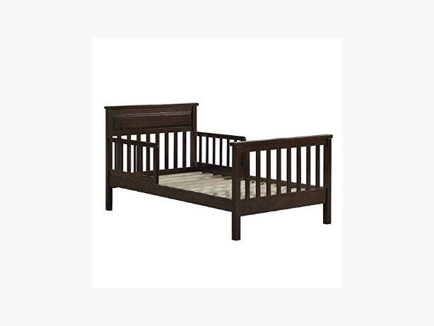 Toddler Bed & Bedding