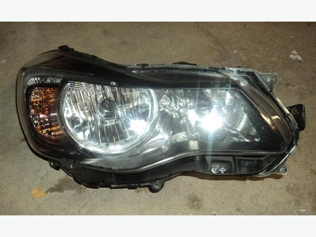 2013-2015 Subaru XV Crosstrek HID right head light