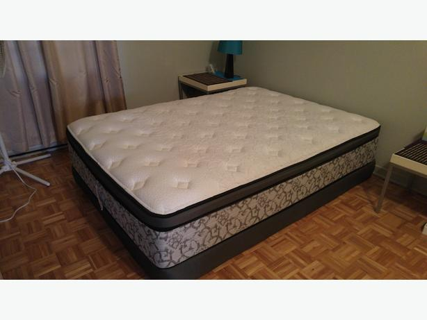 Almost new mattress and boxspring