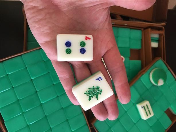 Full Set Mahjong 144 tiles.