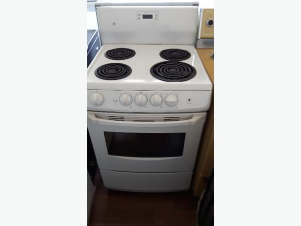 very clean ge apartment size white stove victoria city