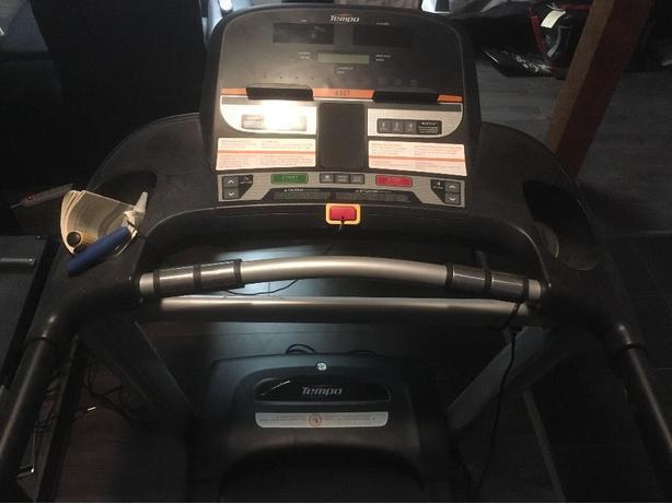Tempo treadmill 632T