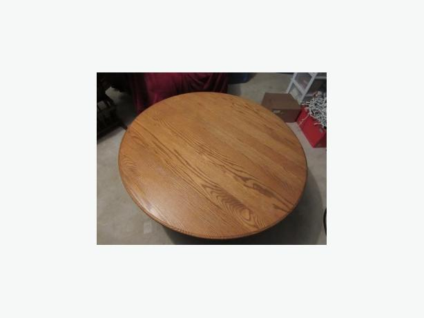 SOLID OAK COFFEE TABLE AND END TABLES