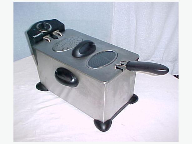 Sensio Paderno 3.5 L Deep Fryer~Removable Enamel Coated Oil Tank XJ09135