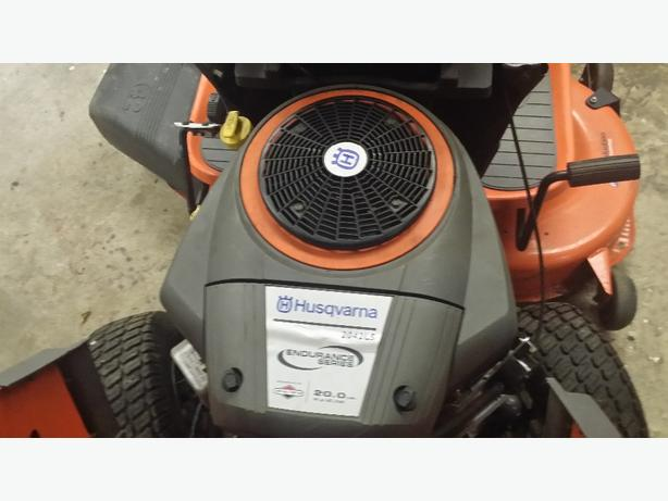 2042 husqvarna riding mower