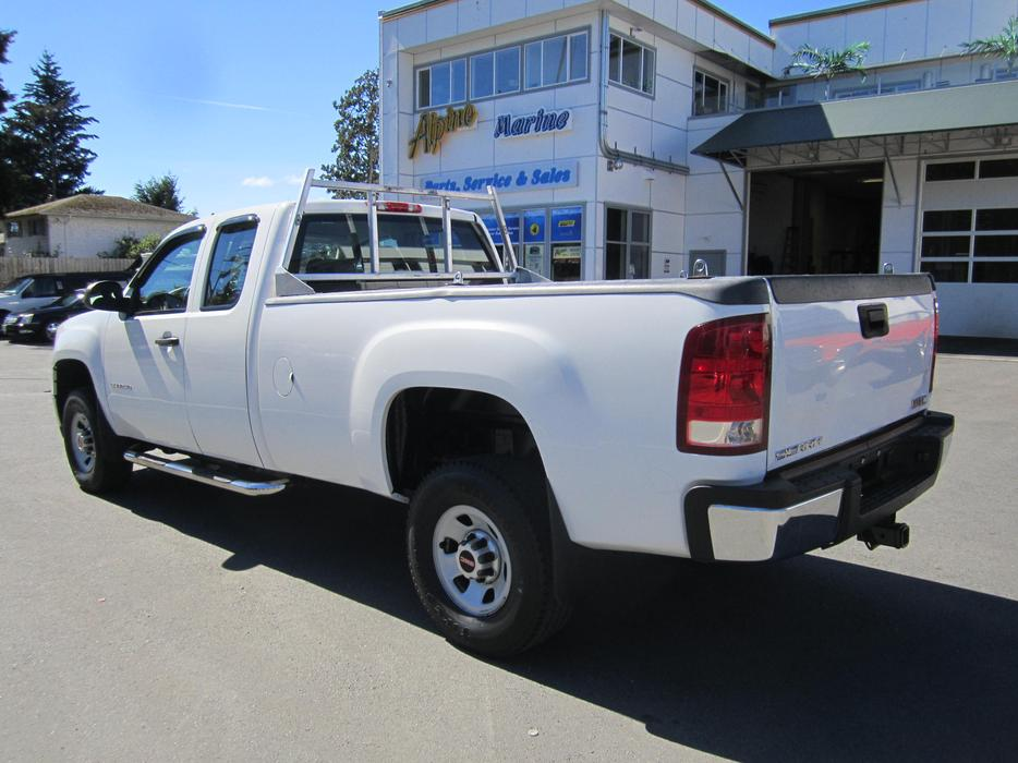 2010 Gmc 3500 H D Extended Cab Pick Up Outside Nanaimo
